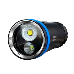 XTAR_D36_5800lm_Diving_Flashlight_Full_Set_02